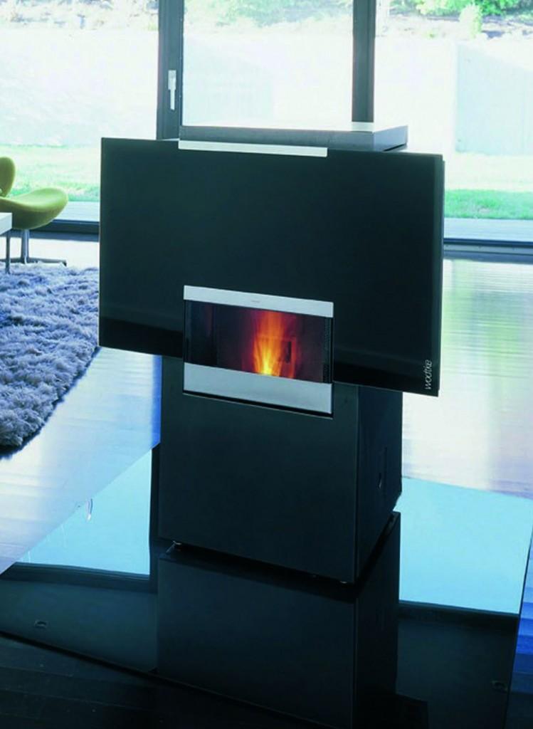 Poêle à pellets/eau WODTKE CW21 avec système Water + pouvant être intégré dans un système de chauffage central pour une maison individuel.