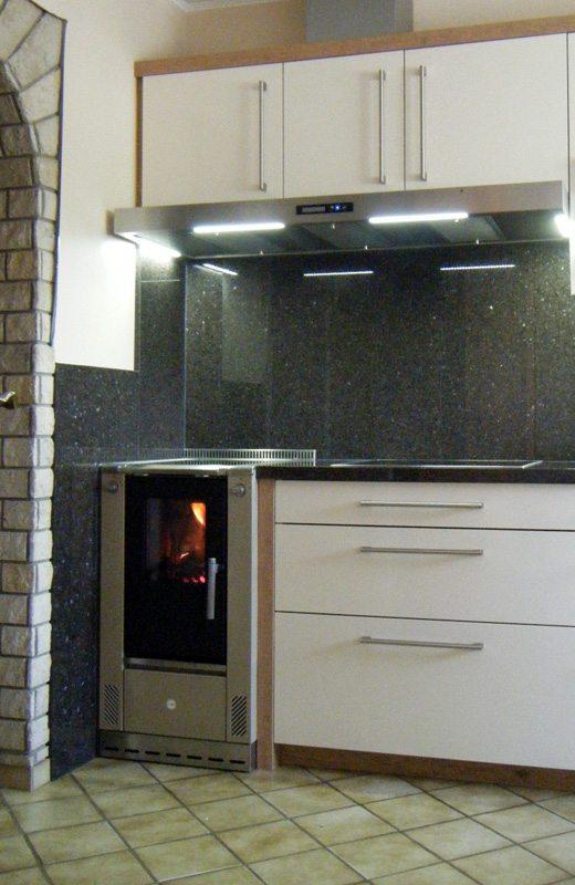 Wamsler cuisinière à bois W1 installée par Glaesener-Betz à Grauerstein.