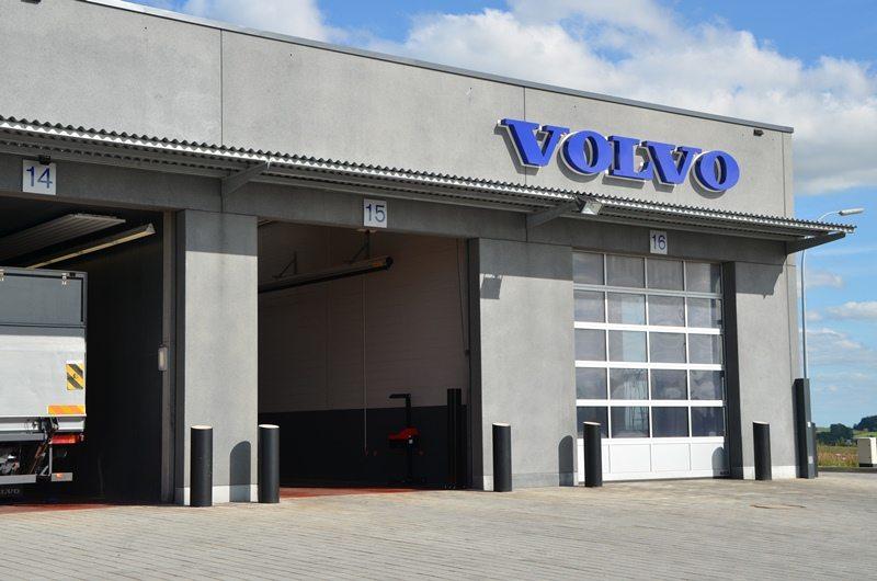 Portes sectionnelles industrielles HÖRMANN vendues chez Glaesener-Betz.