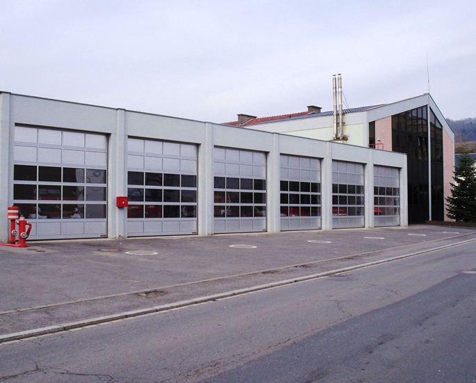 Service incendie de Diekirch: portes sectionnelles industrielles HÖRMANN TAR40 posée par Glaesener-Betz.