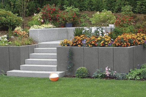 Murs de soutènement en L pour stabilisation de talus, aménagement d'espaces verts, franchissement de dénivellations, encadrement de terrasses, parterres ou chemins.