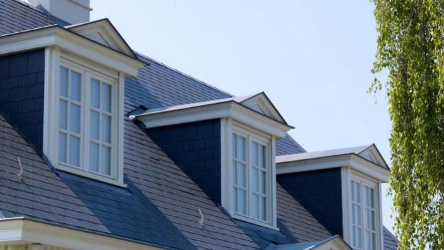 Ardoises en fibres-ciment Montana pour couverture de toit en vente chez Glaesener-Betz