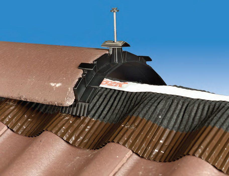 Matériaux de construction pour toiture, accessoire de pose Kloeber closoir de faitage en vente chez Glaesener-Betz